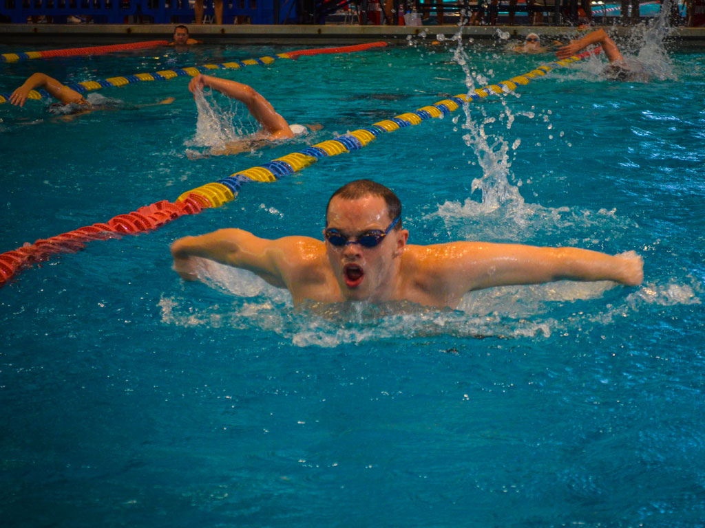 ATHLETES WITHOUT LIMITS   Athlete Spotlight: Orlando Swimmer